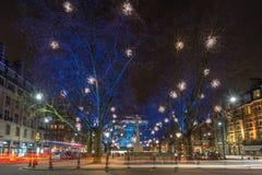 Exhibición de las luces de la Navidad en Chelsea, Londres, Reino Unido Imagen de archivo libre de regalías