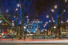 Exhibición de las luces de la Navidad en Chelsea, Londres, Reino Unido Foto de archivo libre de regalías