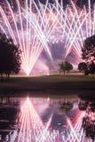 Exhibición de los fuegos artificiales del campo de golf Foto de archivo libre de regalías