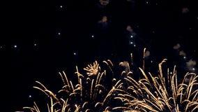 Exhibición de los fuegos artificiales de la celebración del Año Nuevo de la Navidad 4K metrajes