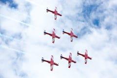 Exhibición roja de las flechas del día de Australia Imagenes de archivo