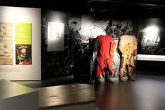 Exhibición interactiva que hace el aprendizaje de la diversión de la historia, Castle de rey Juan, quintilla, Irlanda, octubre de Imagen de archivo
