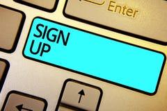 A exibição conceptual da escrita da mão assina acima Uso apresentando da foto do negócio sua informação registrar-se na faculdade imagem de stock