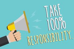 A exibição do sinal do texto toma a 100 a responsabilidade A foto conceptual seja responsável para a lista de objetos das coisas  Fotografia de Stock