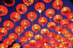 Exibição vermelha no ano novo chinês, Chiang Mai das lanternas do estilo tailandês, Imagem de Stock