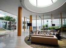 exklusiv hotellinretakfönster Arkivbilder