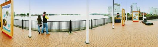 EXKLUSIV - Panorama von Cardiff-Docks stockfoto