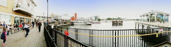 EXKLUSIV - Panorama von Cardiff-Docks lizenzfreie stockfotografie