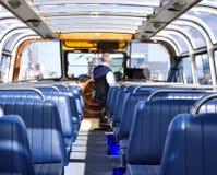 Exkursionsboot für die Besichtigung in Amsterdam Lizenzfreie Stockfotos