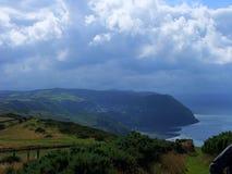 exmoor över skies som hotar uk Royaltyfri Fotografi