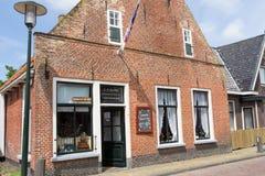 EXMORRA, holandie, Czerwiec 27, 2015: Antyczny Holenderski sklep spożywczy Fotografia Stock