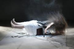 Exorcisme of het overwinnen van uw binnendemonen stock foto