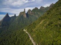 Exotische bergen Prachtige bergen Bergvinger van God, de stad van Teresopolis, Staat van Rio de Janeiro, Brazili? stock fotografie