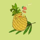 Exotische cocktail in ananas Royalty-vrije Stock Afbeeldingen