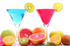 Exotische dranken in martini glas Stock Afbeeldingen
