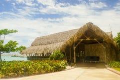 Exotische Hütte über dem Meer Lizenzfreies Stockbild