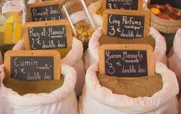 Exotische kruiden voor verkoop Stock Afbeeldingen