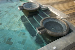 Exotische Pool-Brunnen Stockfotografie