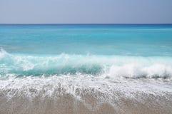 Exotische strandgolven Royalty-vrije Stock Foto's