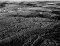 Exotische Wüstenlandschaft Abu Dhabis von der Vogelperspektive Lizenzfreie Stockfotografie
