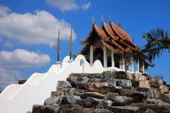 Exotischer asiatischer traditioneller Tempel Lizenzfreie Stockfotografie