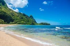 Exotischer Strand in Haena, Kauai-Insel, Hawaii Lizenzfreies Stockbild