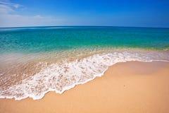 Exotischer tropischer Strand. lizenzfreies stockbild