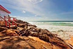 Exotischer tropischer Strand stockfotos