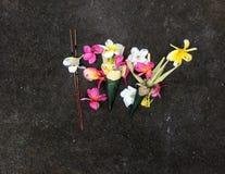 Exotisk blommasammansättning i Bali Royaltyfri Foto