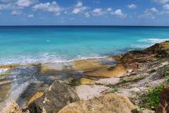 Exotisk oceanisk seascape av Carribeansen Arkivbild