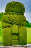 Exotisk topiary som skapas i den Tulum kyrkogården i norden av Ecuador Royaltyfria Bilder
