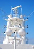 Expédie la tour de télécommunications Photo libre de droits