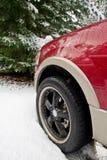 Expédition de Ford dans la neige Images libres de droits
