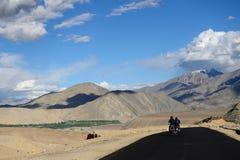 Expédition de motos, Inde images libres de droits