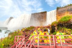 Expérience de Misty Waterfalls aux chutes du Niagara, New York image stock