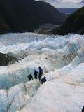 Expedición en un glaciar Imágenes de archivo libres de regalías