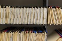 Expedientes de archivaje imágenes de archivo libres de regalías