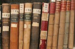 Expedientes de la correspondencia y de las finanzas en archivos de la compañía Fotos de archivo