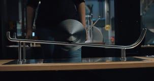 Experiment in der Wissenschaftsmitte Heureka, Helsinki stock video footage