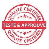 Experimentado - e - testado Selo de borracha certificado do francês do grunge vermelho Fotos de Stock
