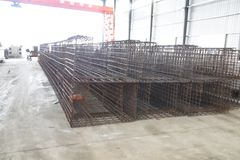 Experimentell studie på stora färdiggjutna rumsliga strukturer för förspänd betong Royaltyfri Foto