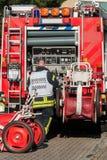 Experto de la protección respiratoria del departamento de bomberos Foto de archivo libre de regalías