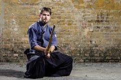 Experto serio del kendo Fotos de archivo