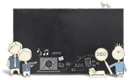 Experts en matière de Web avec le tableau noir vide images stock