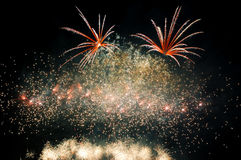 Explodeer vuurwerk Stock Fotografie