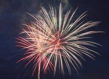 Explodierendes Feuerwerk Stockbild