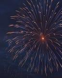 Explodierendes Feuerwerk Stockfotografie