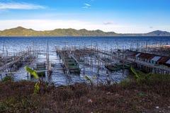 Exploitation de pisciculture au lac Tondano Photo libre de droits
