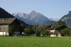 Exploração agrícola alpina Imagens de Stock