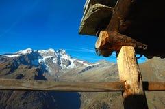exploração agrícola alpina fotografia de stock royalty free